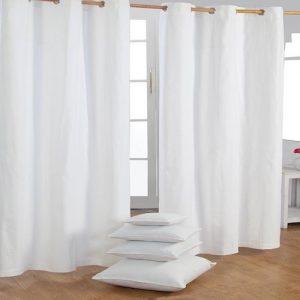 Cortina moderna de salón color crema